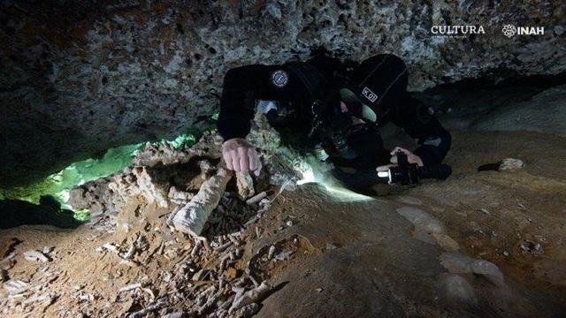 Phát hiện mỏ cổ kỳ lạ 12.000 năm tuổi dưới nước ở bờ biển Mexico - 1