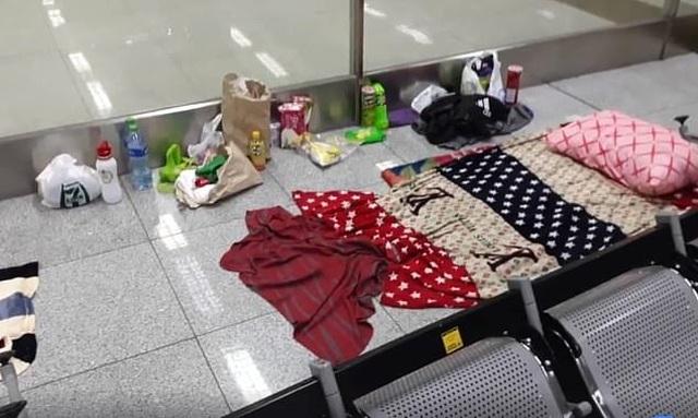 Du khách mắc kẹt ở sân bay suốt 3 tháng vì Covid-19  - 3