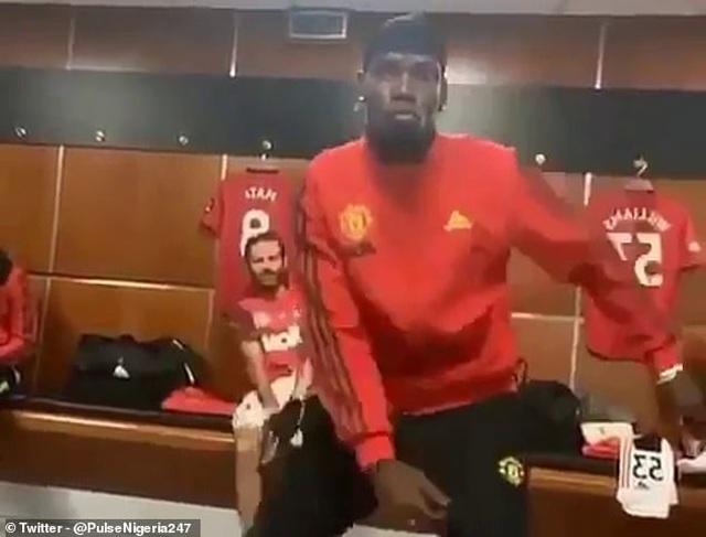 Pogba nhảy múa tưng bừng sau chiến thắng của Man Utd trước Bournemouth - 1