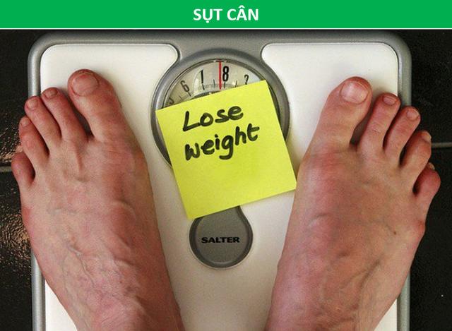 Phát hiện ung thư giai đoạn cuối chỉ sau 2 tháng bị táo bón, sụt cân - 2