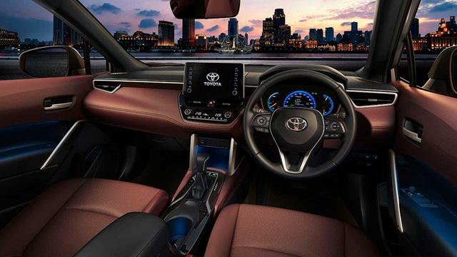 Toyota trình làng Corolla Cross, sắp về Việt Nam đấu Hyundai Kona, Tucson  - 5
