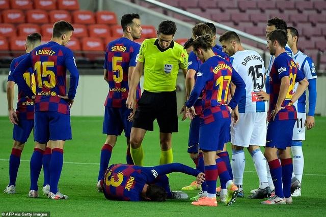 Luis Suarez ghi bàn, Barcelona nuôi mộng bám đuổi Real Madrid - 7