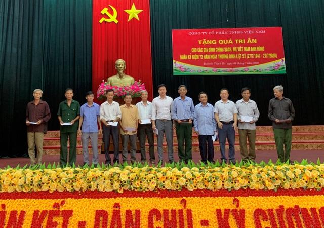 Công ty Cổ phần TNH99 Việt Nam tri ân các gia đình chính sách nhân ngày 27/7 - 2
