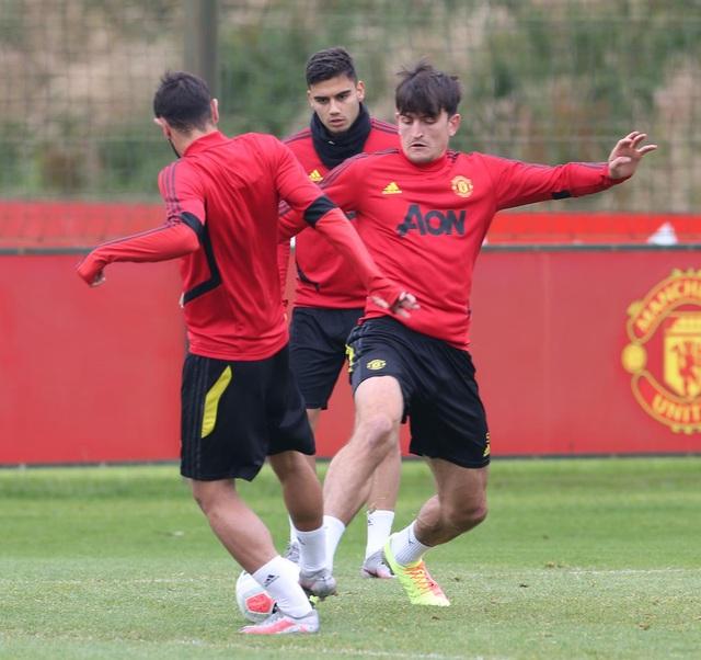 Man Utd luyện công chuẩn bị làm khách trước Aston Villa - 18
