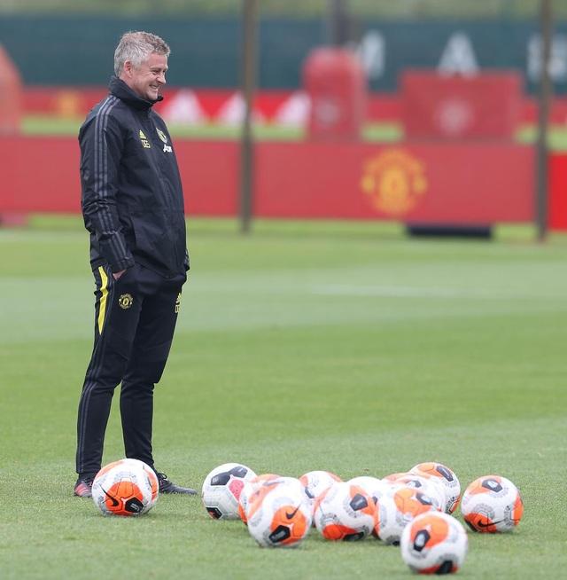 """Man Utd """"luyện công"""" chuẩn bị làm khách trước Aston Villa"""