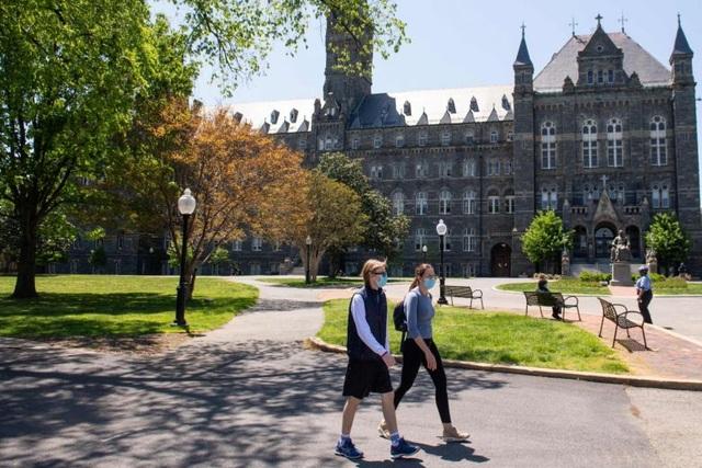 Đại học Mỹ điều chỉnh hình thức dạy sau tin trục xuất sinh viên quốc tế - 1