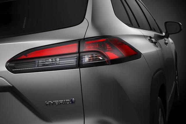 Toyota trình làng Corolla Cross, sắp về Việt Nam đấu Hyundai Kona, Tucson  - 8