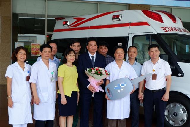 Cận cảnh xe cấp cứu áp lực âm đầu tiên tại Việt Nam phục vụ chống Covid-19 - 1