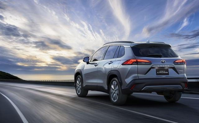 Toyota trình làng Corolla Cross, sắp về Việt Nam đấu Hyundai Kona, Tucson  - 7