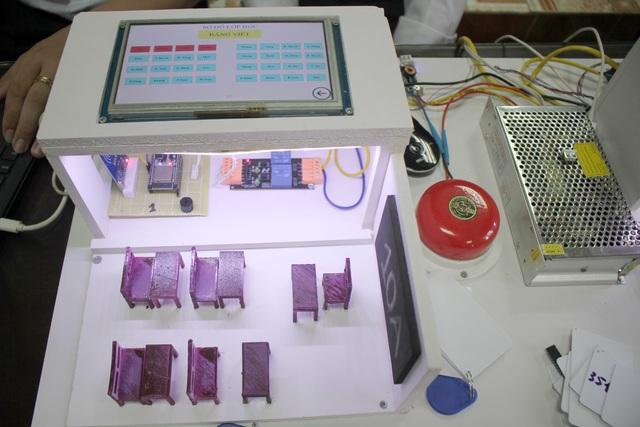 Học sinh Ninh Bình sáng chế Hệ thống quản lý giờ học thông minh - 2