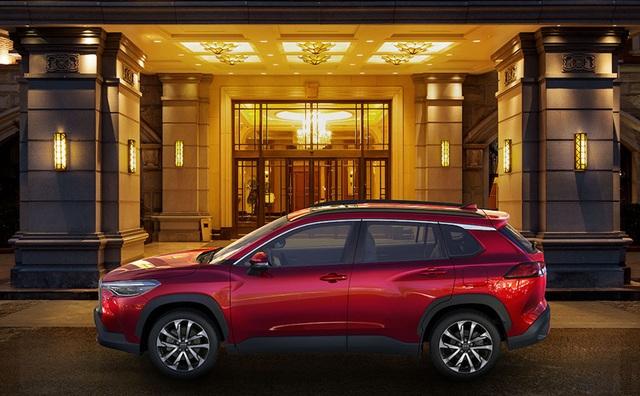 Toyota trình làng Corolla Cross, sắp về Việt Nam đấu Hyundai Kona, Tucson  - 4