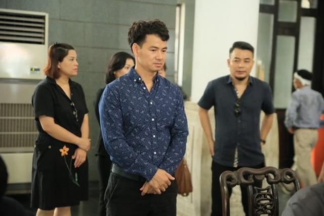 Đồng nghiệp nghẹn ngào tiễn đưa NSƯT Hoàng Yến - 15