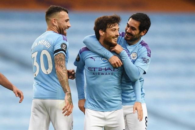 Man City vùi dập Newcastle, Liverpool vươn lên điểm số 92 - 2