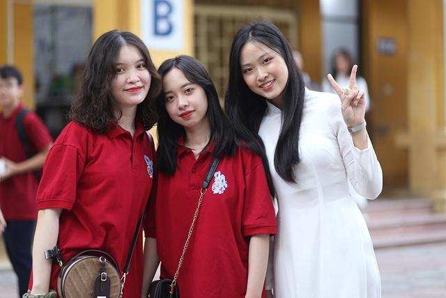 Trai xinh gái đẹp hội tụ tại buổi bế giảng THPT Phan Đình Phùng - 3