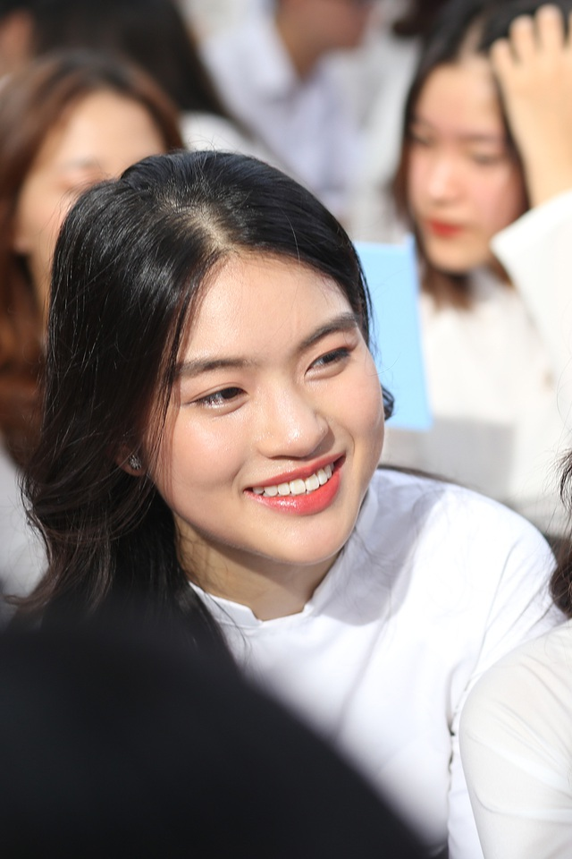 Trai xinh gái đẹp hội tụ tại buổi bế giảng THPT Phan Đình Phùng - 4