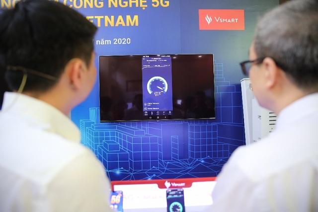 Smartphone 5G Việt Nam đầu tiên và công nghệ dẫn dắt đến tương lai - 2