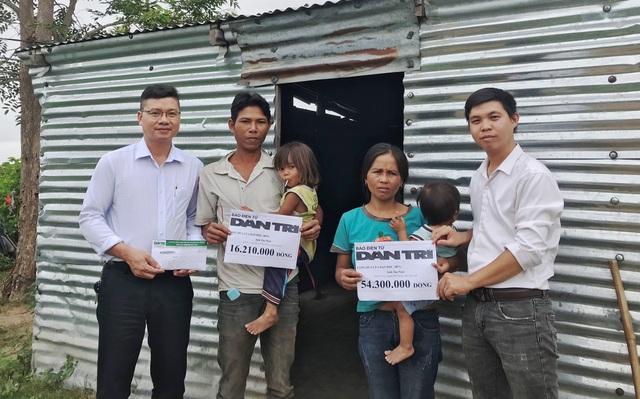 Trao hơn 70 triệu đồng bạn đọc giúp đỡ gia đình khốn khổ sống trong nhà tạm - 1