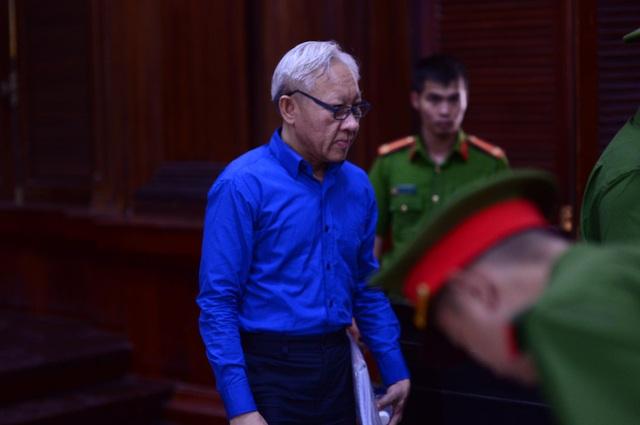 Điều tra lại đại án ngân hàng Đông Á giai đoạn 2 - 3