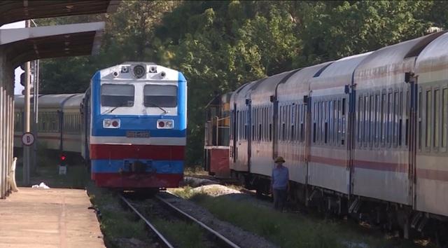 Quảng Bình lần đầu đón tàu hỏa charter du lịch tuyến Hà Nội - Đồng Hới - 1