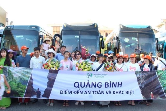 Quảng Bình lần đầu đón tàu hỏa charter du lịch tuyến Hà Nội - Đồng Hới - 3