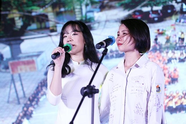 Giọt nước mắt học sinh THPT Việt Đức rơi trong lễ trưởng thành - 4