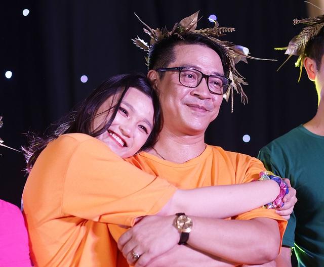 Giọt nước mắt học sinh THPT Việt Đức rơi trong lễ trưởng thành - 9