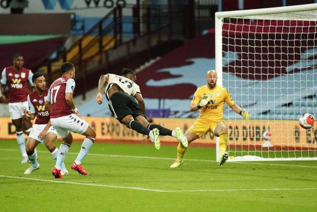 Nhìn lại chiến thắng lập kỷ lục của Man Utd trước Aston Villa - 11