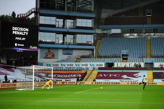 Nhìn lại chiến thắng lập kỷ lục của Man Utd trước Aston Villa - 7