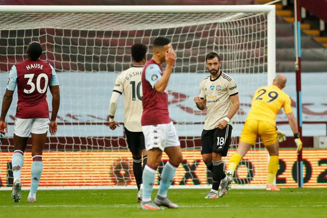 Nhìn lại chiến thắng lập kỷ lục của Man Utd trước Aston Villa - 8