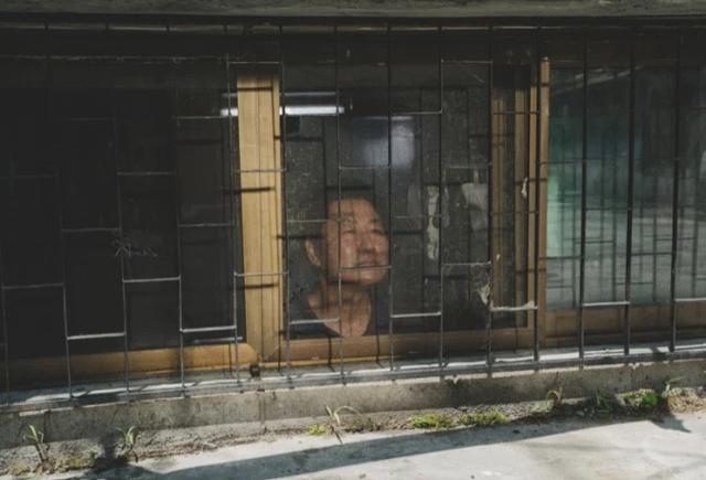 Cơn ác mộng mùa hè trong những nhà hộp diêm ở khu ổ chuột Hàn Quốc - 5