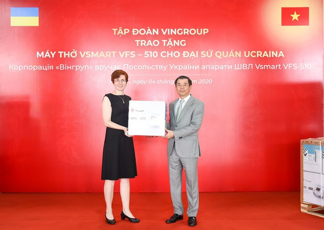 Vingroup trao tặng 1.000 máy thở cho Nga, Ucraina và Singapore - 3