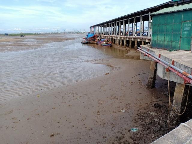 Chê cảng cá kém hiệu quả, ngư dân trốn nộp phí? - 2