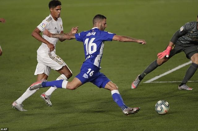 Đánh bại Alaves, Real Madrid tiến gần đến chức vô địch La Liga - 4