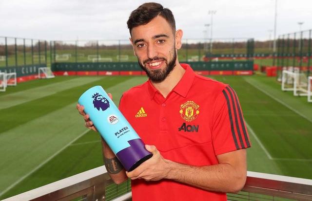 Fernandes giành giải Cầu thủ xuất sắc nhất tháng tại Premier League - 1