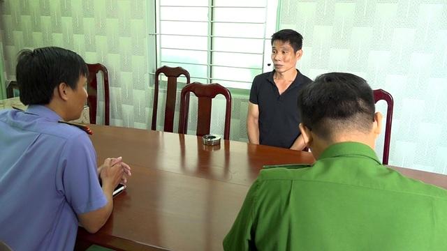 Qua Campuchia vận chuyển 3kg ma túy về Việt Nam, 2 đối tượng bị bắt - 2