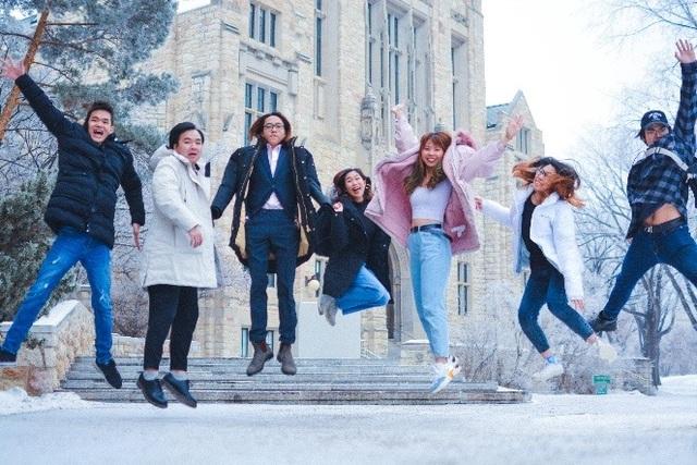 Nữ sinh Bách khoa đi 3 nước trong 4 năm đại học bằng học bổng  - 5