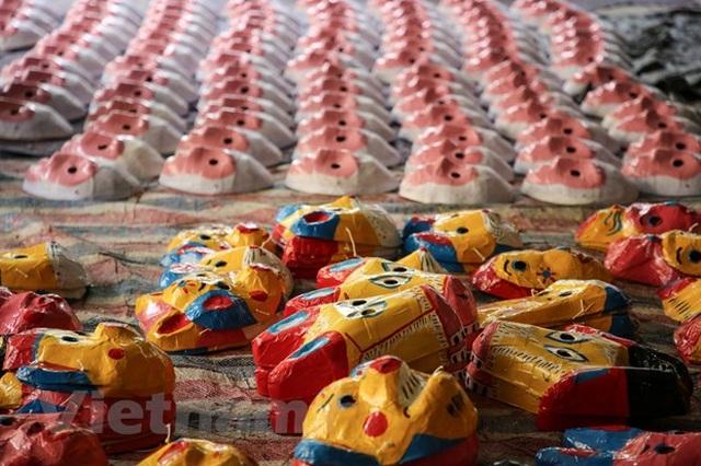 Bình minh làng nghề Ông Hảo: Giá trị đồ chơi trung thu truyền thống - 1