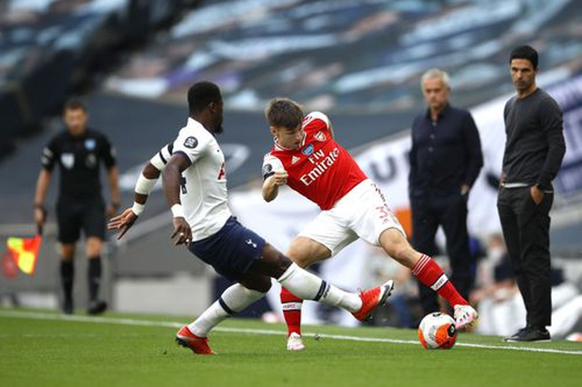 Tottenham 2-1 Arsenal: Thất bại cay đắng của Pháo thủ - 14