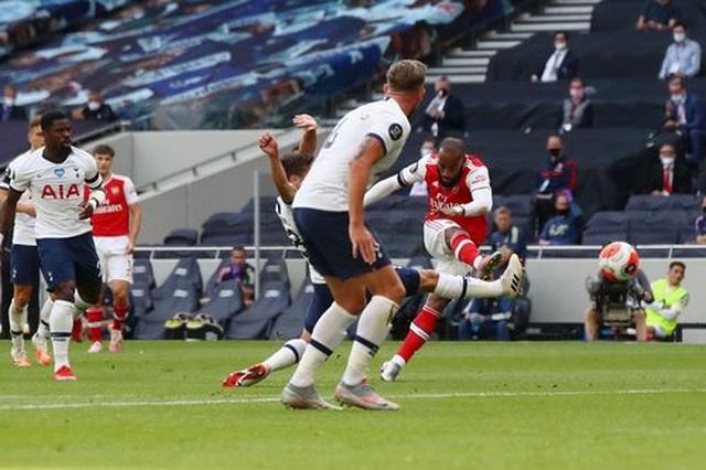 Tottenham 2-1 Arsenal: Thất bại cay đắng của Pháo thủ - 12