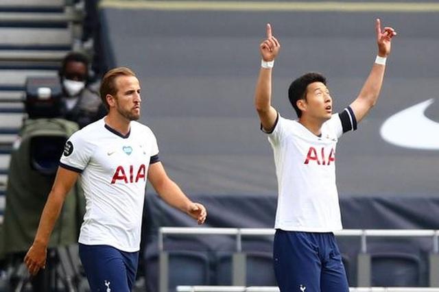 Tottenham 2-1 Arsenal: Thất bại cay đắng của Pháo thủ - 11