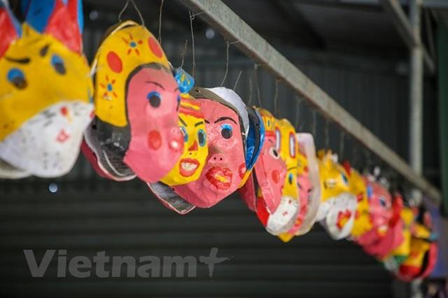 Bình minh làng nghề Ông Hảo: Giá trị đồ chơi trung thu truyền thống - 4