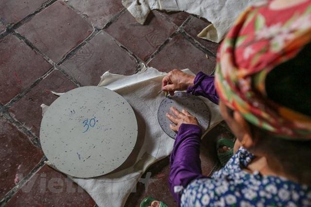 Bình minh làng nghề Ông Hảo: Giá trị đồ chơi trung thu truyền thống - 8