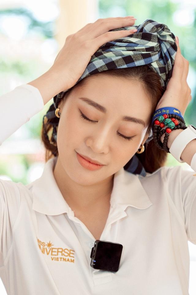 Hoa hậu Khánh Vân khoe mặt mộc xinh đẹp trải nghiệm cuộc sống miền Tây - 8