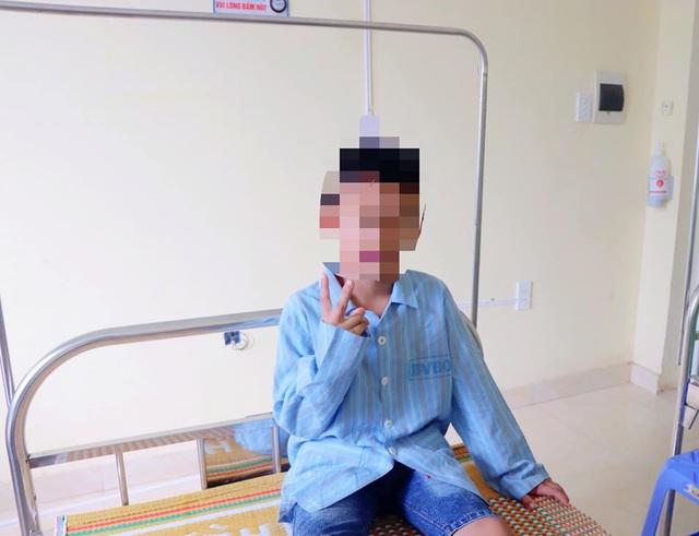 Uống trộm bia để tủ lạnh, bé trai 8 tuổi rơi vào hôn mê
