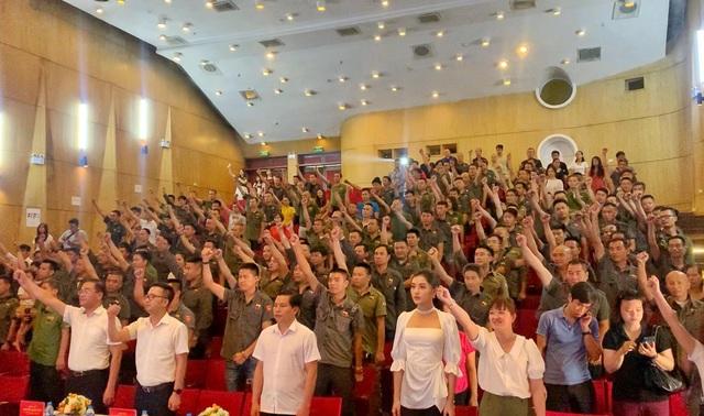 Đội hình tình nguyện cực ngầu với dàn xe bán tải địa hình ở Hà Nội - 1