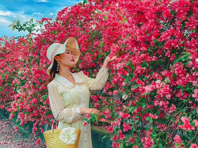 """Phát """"sốt"""" với những con đường hoa đẹp như trời Tây ngay gần Hà Nội - 2"""