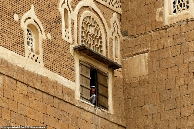 """Chiêm ngưỡng công trình lâu đài """"mọc"""" lên từ trụ đá - Ảnh minh hoạ 14"""