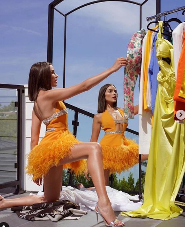 Cựu hoa hậu hoàn vũ gợi cảm dưới ống kính của bạn trai - 1