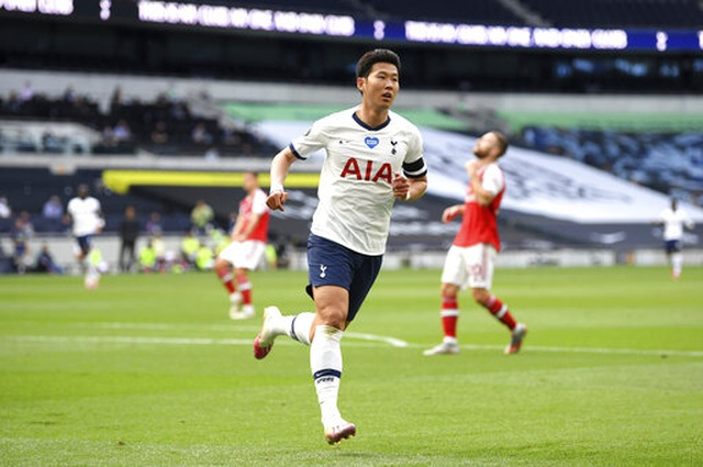 Tottenham 2-1 Arsenal: Thất bại cay đắng của Pháo thủ - 1