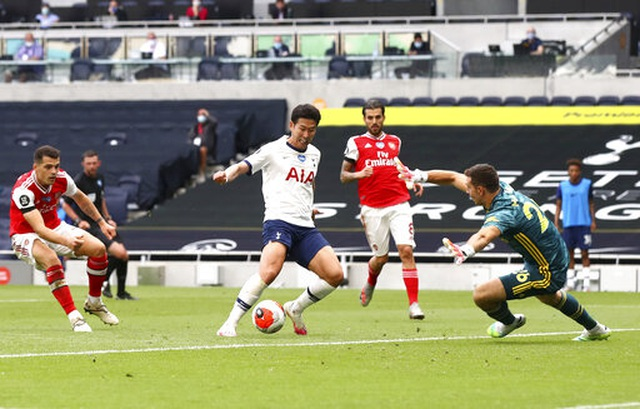 Tottenham 2-1 Arsenal: Thất bại cay đắng của Pháo thủ - 6